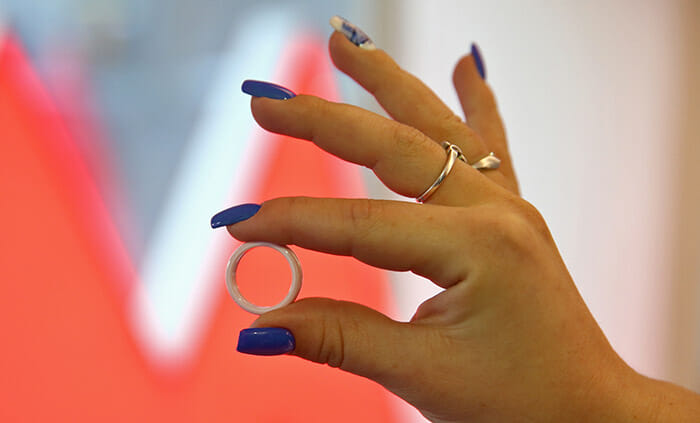 Как выглядит кольцо Тройка для оплаты проезда